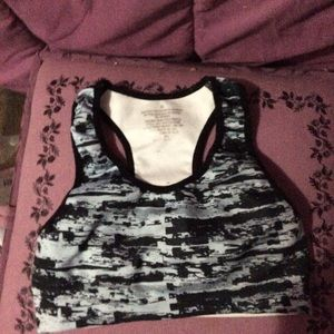 NWOT ladies sports bra